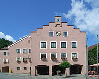 Rathaus Arnstorf-2.JPG