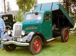REO Speed Wagon - REO Speed Wagon Truck 1939