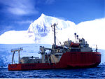 Research vessel Laurence M. Gould.jpg
