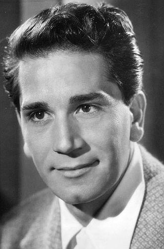 Richard Conte - Richard Conte in 1945.