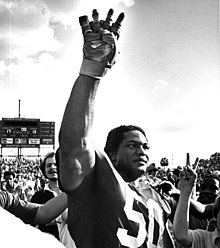 f65baa3a Ron Simmons while playing for Florida State University in 1981.