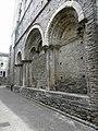 Saint-Pons-de-Thomières (34) Cathédrale Extérieur 08.JPG