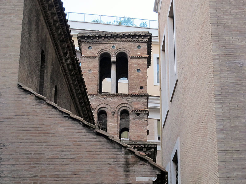 San Lorenzo i Piscibus, campanile.JPG