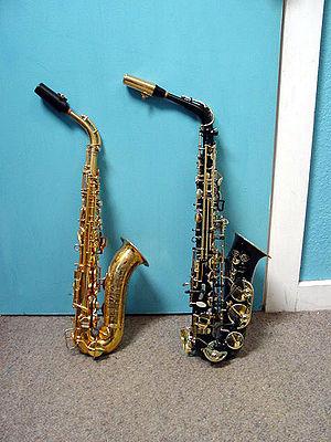 Mezzo-soprano saxophone - Image: Saxalto&mezzo