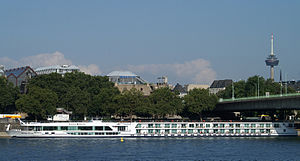 Scenic Pearl (ship, 2011) 016.jpg