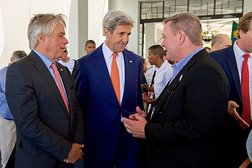 Secretary Kerry and State Department Senior Adviser Thorne meet with Olympic Committee Chief Executive Officer Blackmun in Rio de Janeiro (28787760305).jpg