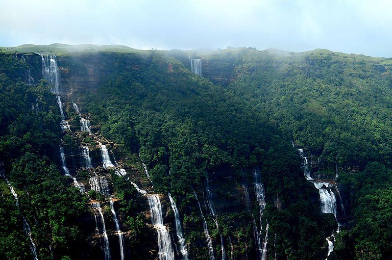 File:Seven Sisters Waterfalls.jpg
