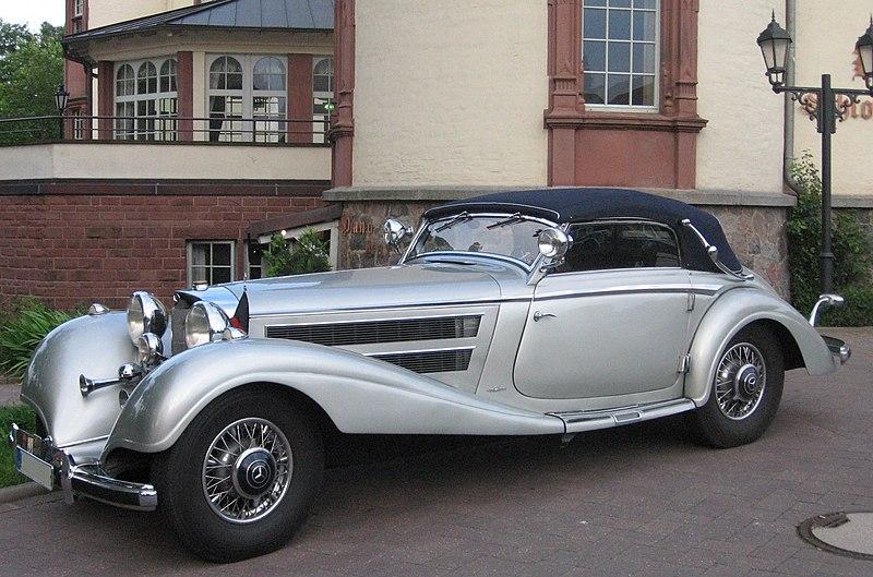 Silver Mercedes-Benz.jpg