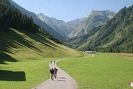 Spielmannsau near Oberstdorf, direction Alpe Oberau and Sperrbachtobel