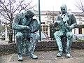 Statues, Lisdoonvarna-Lios Duin Bhearna - geograph.org.uk - 1264156.jpg
