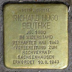 Photo of Richard Hugo Beuthke brass plaque