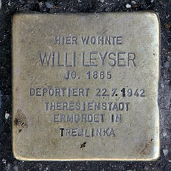 Photo of Willi Leyser brass plaque