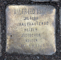 Photo of Wilfrid Israel brass plaque
