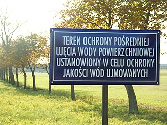 A formal-tone informative sign in Polish, with a composition of vowels and consonants and a mixture of long, medium and short syllables Styl urzedowy - Polish sign.jpg