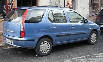 Tata Indigo - Image: Tata Indigo SW LX rear