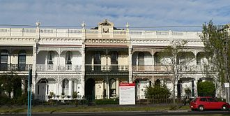 Middle Park, Victoria - Image: Terrace houses on canterbury road middle park