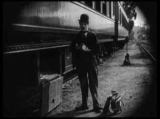 ファイル:The Idle Class (1921).webm