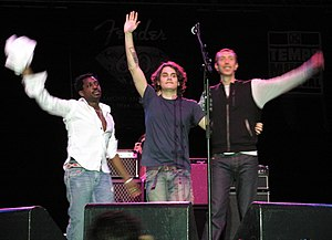 Pino Palladino - Left to right: Steve Jordan, John Mayer, and Pino Palladino