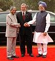 The President, Dr. A.P.J. Abdul Kalam and the Prime Minister, Dr Manmohan Singh at the ceremonial reception of the President of Brazil, Mr. Luiz Inacio Lula da Silva at Rashtrapati Bhavan in New Delhi on June 04, 2007 (2).jpg