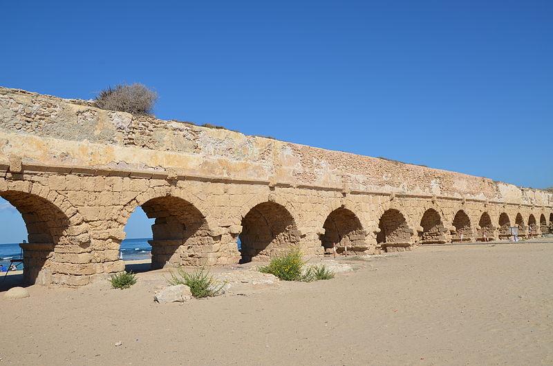 File:The high level aqueduct of Caesarea built by Herod (37BC to 4BC), Caesarea Maritima, Israel (15589720050).jpg