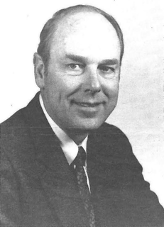 Thomas Eugene Everhart American academic