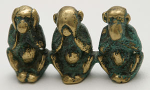 http://upload.wikimedia.org/wikipedia/commons/thumb/b/b0/Three_wise_monkeys_figure.JPG/300px-Three_wise_monkeys_figure.JPG