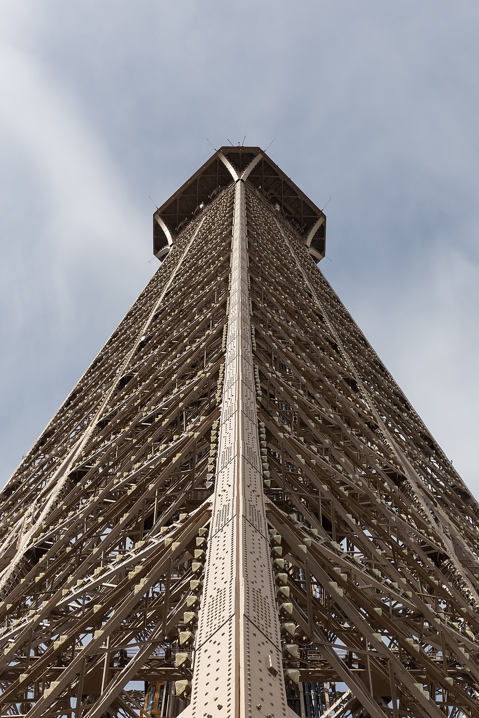 Tour Eiffel - 20150801 15h30 (10621)