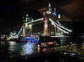 Tower Bridge in London v04.jpg