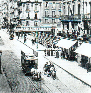 Trams in Rouen - A horse-drawn tram on the Rue Jeanne-d'Arc
