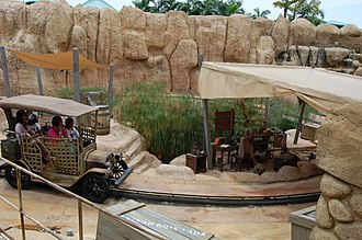 Treasure Hunters (Universal Studios Singapore) - Image: Treasure Hunters theming (Universal Studios Singapore)