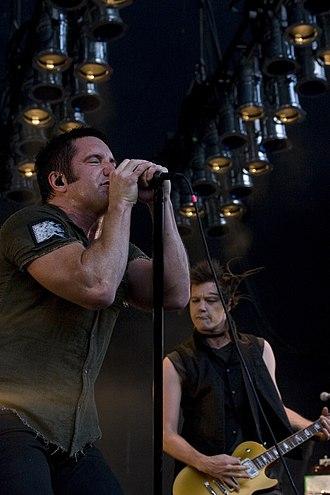 Trent Reznor - Trent Reznor and Robin Finck, Santa Barbara, California 2009