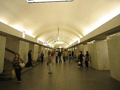 Как доехать до Третьяковская на общественном транспорте