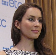 Troian Bellisario in Manila (close-up).jpg