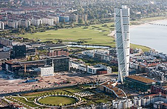 Turning Torso - Image: Turning Torso–flygbild 06 september 2014