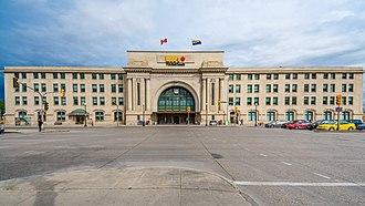 Union Station (Winnipeg) - View of Union Station from Broadway. (2017).