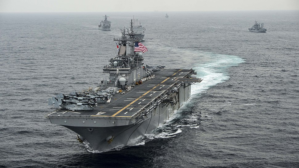 USS Boxer transits the east sea during Exercise Ssang Yong 2016. (25645435215)