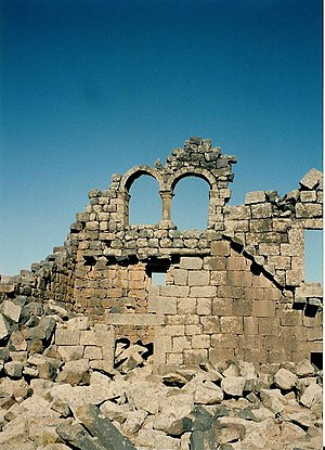 Umm el-Jimal - The double window of House XVIII in Umm el-Jimal