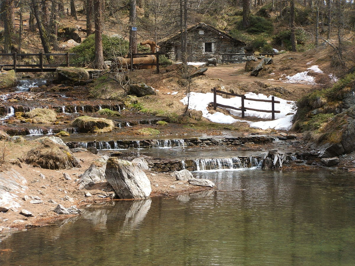 Lago pellaud wikipedia for Arredo bagno valle d aosta