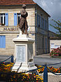 Valeyrac monument.jpg