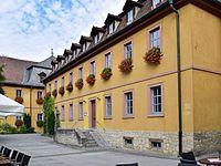 Veitshöchheim - ehem Kavaliersbau des Schlosses - östlicher Trakt hofseitig - 2.jpg