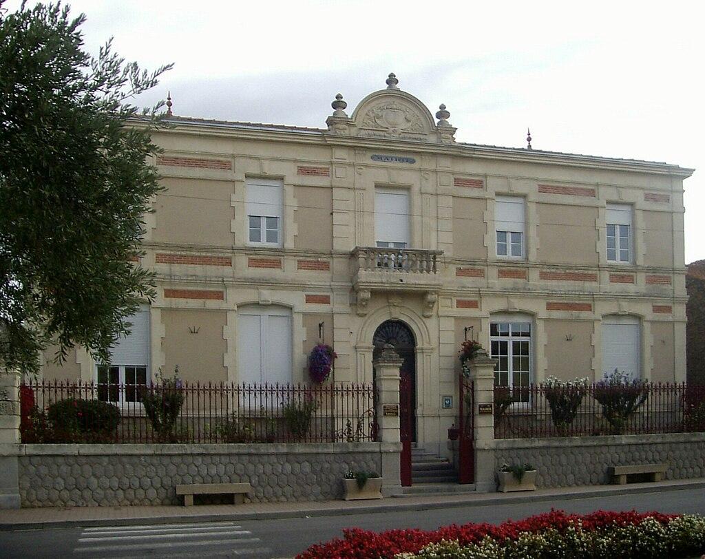 Vinassan, Mairie.jpg