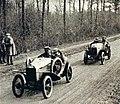 Violette Morris et Lenfant, sur cyclecar au Grand Prix de l'U.M.F. de mars 1923.jpg