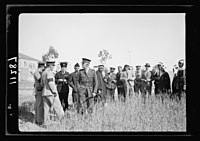 Visit to Beersheba Agricultural Station (Experimental) by Brig. Gen. Allen & staff & talks to Bedouin sheiks of district by station superintendent. Field of Australian wheat, experiment, LOC matpc.20537.jpg