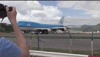 File:WATCH- Last Landing 747 At St Maarten (Maho beach) (SXM).webm