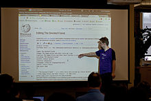 WMF Metrics Meeting July 2013 09.jpg