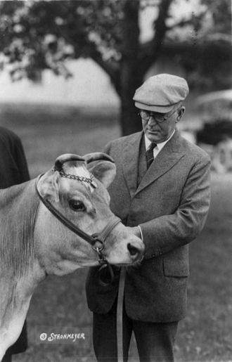 Henry Cantwell Wallace - Image: Wallace&cow