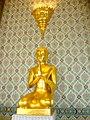 Wat Traimit Temple (8284783309).jpg