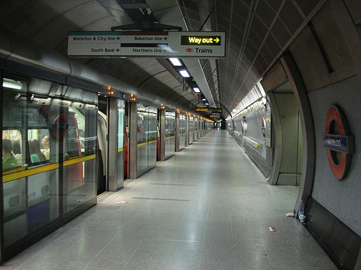 Waterloo tube station 1