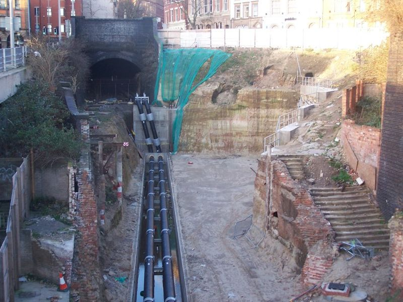 800px-Weekday_Cross_Tunnel_South_Portal.