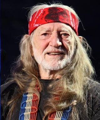 Willie Nelson Willie Nelson at Farm Aid 2009 - Cropped.jpg